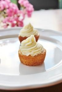 single cupcake