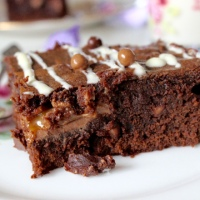 Caramello brownies and Australian desserts