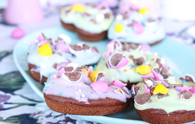 mini egg doughnuts (10 of 14)
